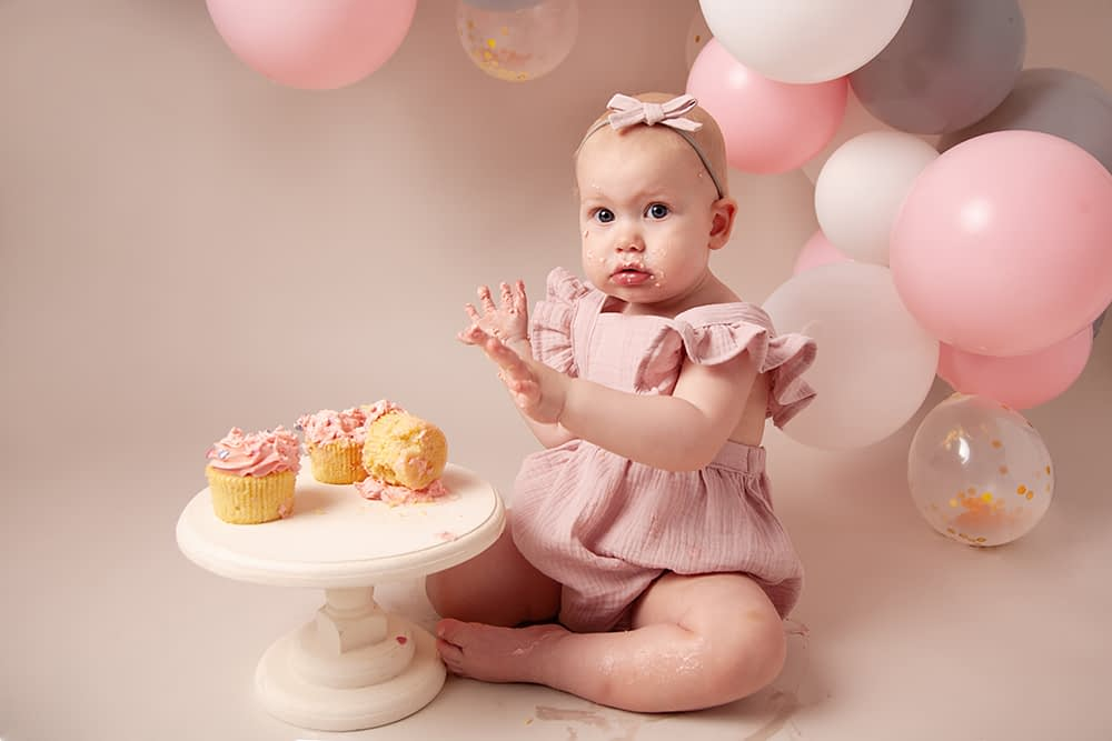 cake smash photographer shrewsbury, baby photographer shrewsbury, photographer shrewsbury, photographer shropshire