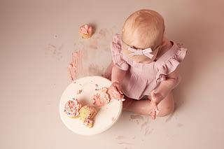 cake smash photographer shrewsbury, photographer shrewsbury, baby photographer shrewsbury, 1st birthday photoshoot shrewsbury